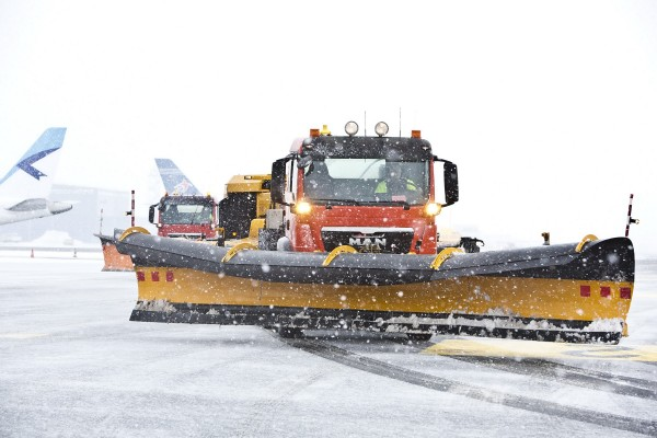 LES8603 Tallinna lennujaamas