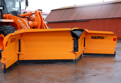 These foldable snow plows are specially designed for powerful wheel loaders to remove a large amount of snow.