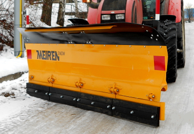 Snow plow TSP is sturdy and robust snow plow for tractors and wheel loaders.