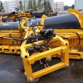 Rear view of the highway snow plough MSP04