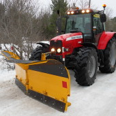 Snow plow VTSP3304 with middle polyurethane blade