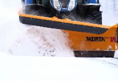 Traktori lumiaura TSK