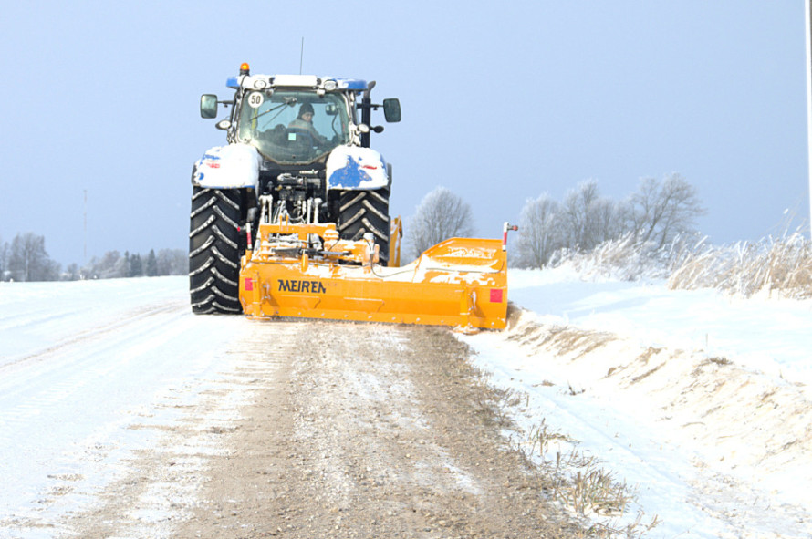 Snow removal equipment by Meiren Snow