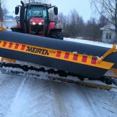 moottoritien lumiaurat MSPN-04 traktorille