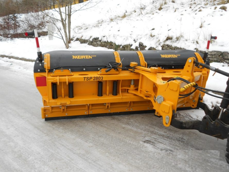 Durable snow plow TSP for city streets