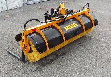 N-sarja avoharja HT on tarkoitettu pääasiassa maantiekäyttöön, mutta soveltuu hyvin myös kaupunkin katujen puhdistamiseen