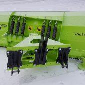 Neuer TSL Schneepflug für Traktor